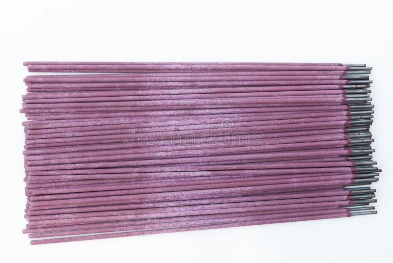 Elettrodi per la saldatura isolati su fondo bianco fotografie stock libere da diritti