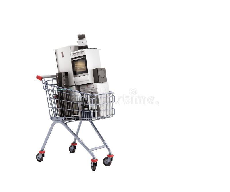 Elettrodomestici nel commercio elettronico del carrello o nello shoppi online illustrazione vettoriale