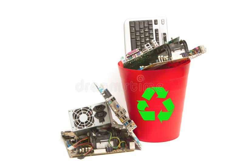 Elettronico e computer parte i rifiuti immagine stock