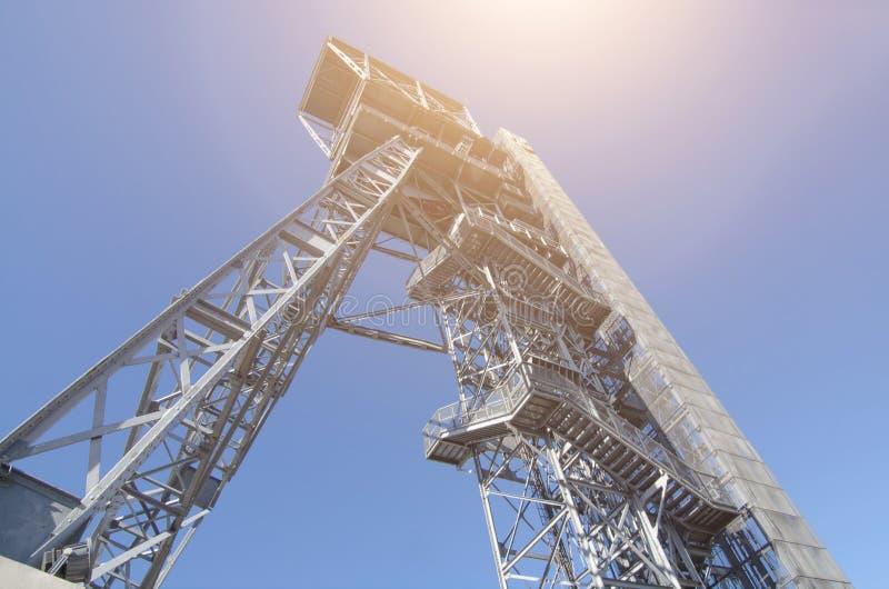 Elevación en torre de una mina de carbón fotos de archivo libres de regalías