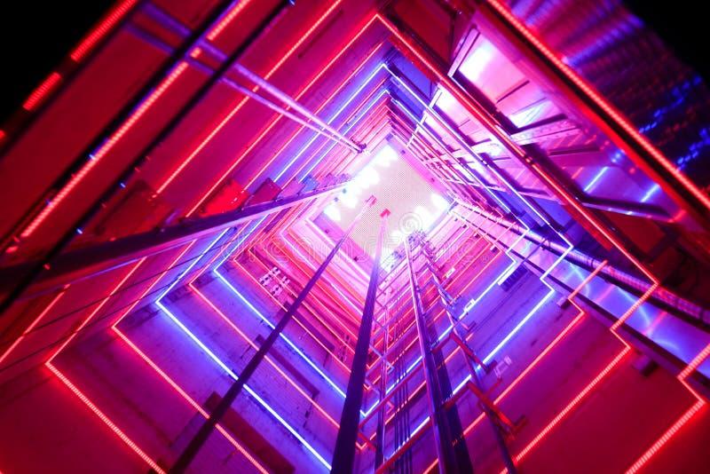 Elevador de cristal colorido foto de archivo libre de regalías