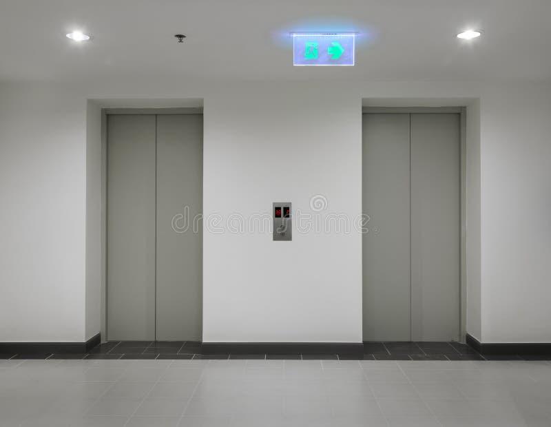 elevadores imagem de stock royalty free