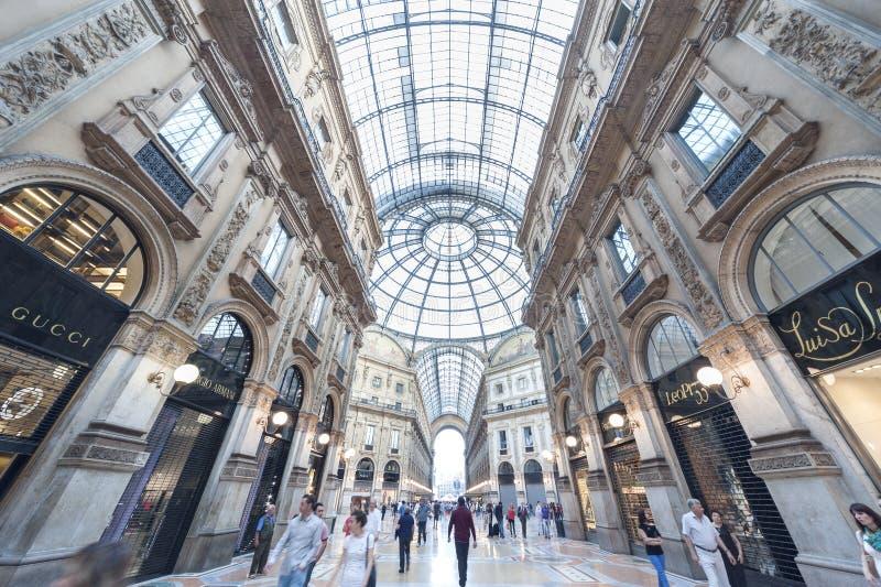 elevadores, vidro e metal imagens de stock royalty free
