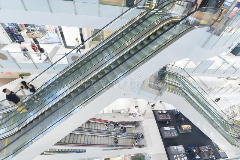 elevadores, vidro e metal fotografia de stock royalty free