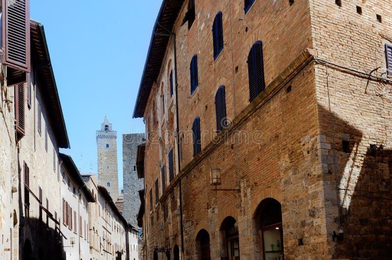 Elevam-se as casas San Gimignano, Toscânia, Toscana, Itália, Italia foto de stock
