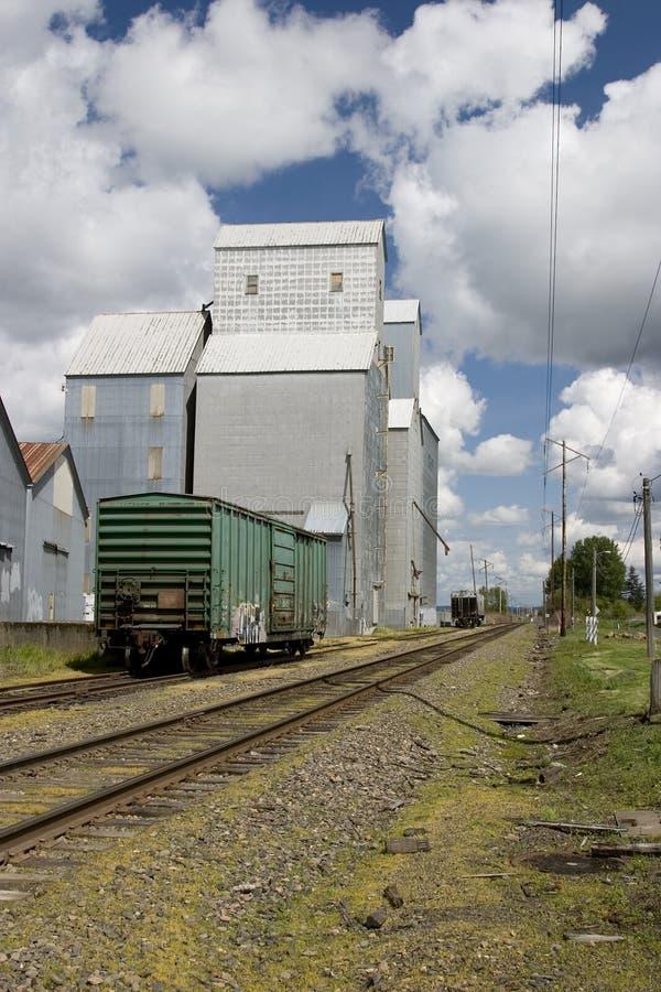 Elevatore di granulo del paese immagini stock