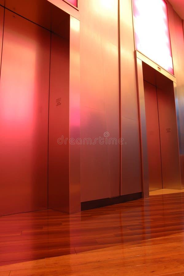 Elevatori moderni immagini stock