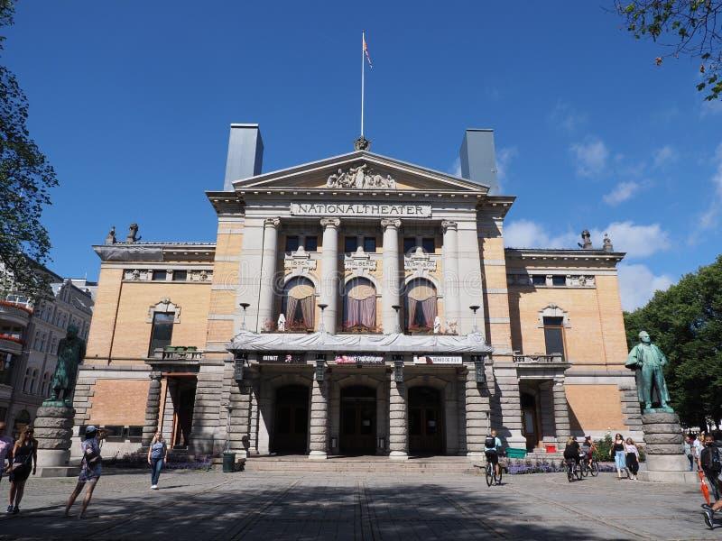 Elewacja teatru narodowego w stolicy europejskiej Oslo w dystrykcie Ostlandet w Norwegii zdjęcia royalty free