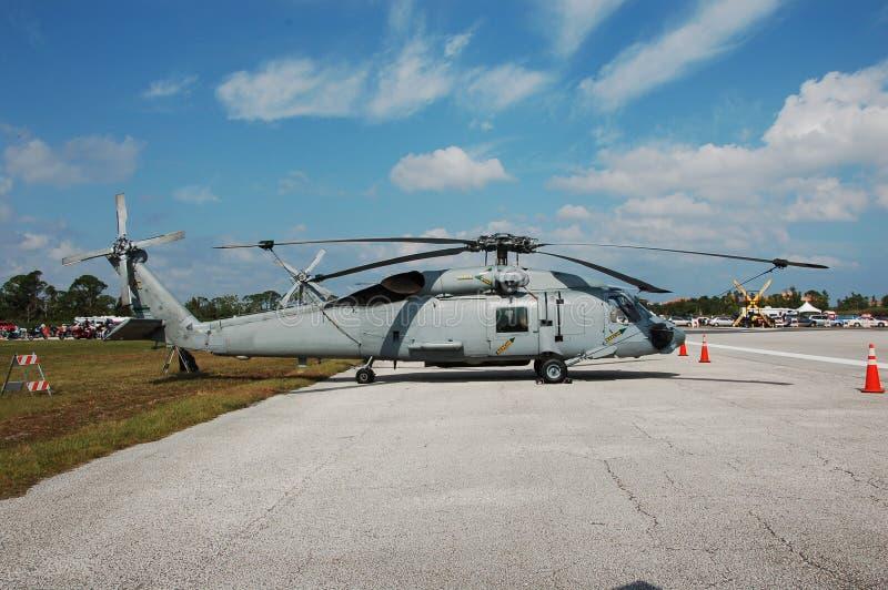 Elicottero del blu marino di Sikorsky SH-60 fotografia stock libera da diritti