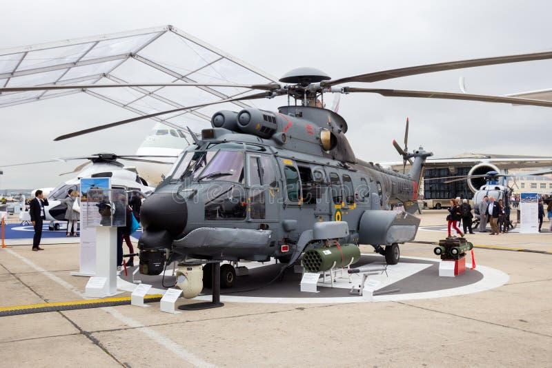 Elicottero eccellente del puma di Eurocopter della marina brasiliana immagini stock
