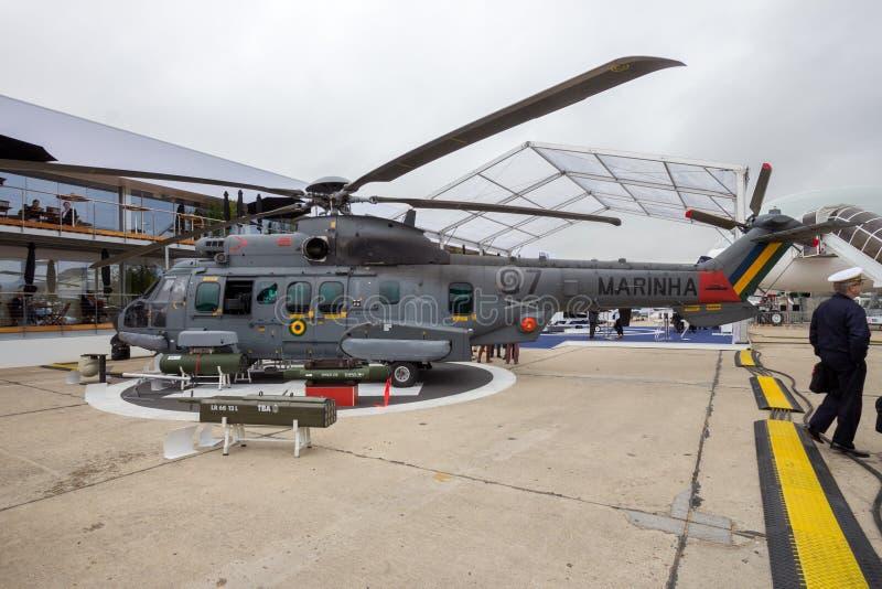 Elicottero eccellente del puma di Eurocopter della marina brasiliana fotografia stock libera da diritti