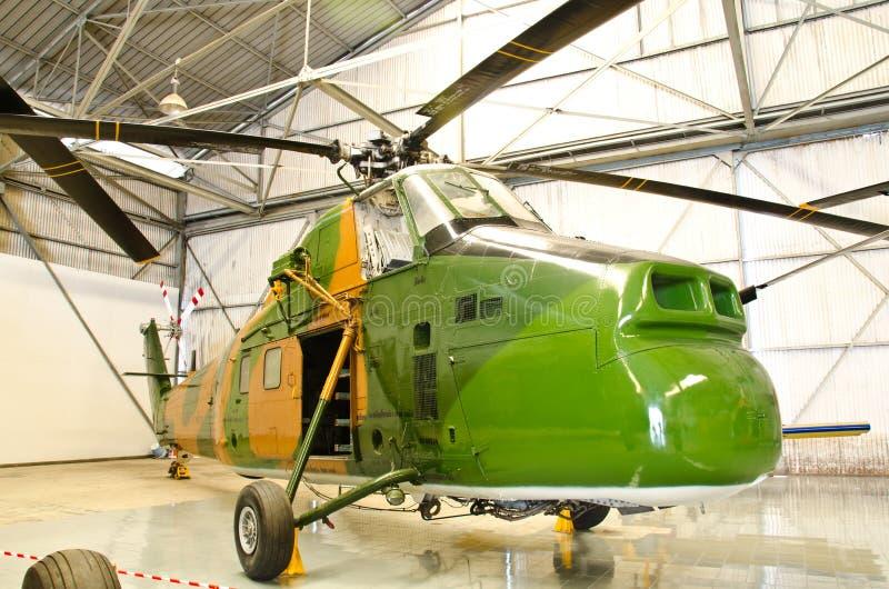 Elicottero sul museo tailandese reale dell'aeronautica fotografia stock