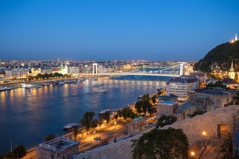 Elisabeth most nad Danube rzeką obraz stock