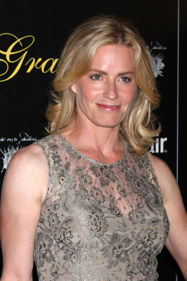 Download Elisabeth Shue Arrives At The 37th Annual Gracie Awards Gala Editorial Photography - Image of 2012, elisabeth: 25274757