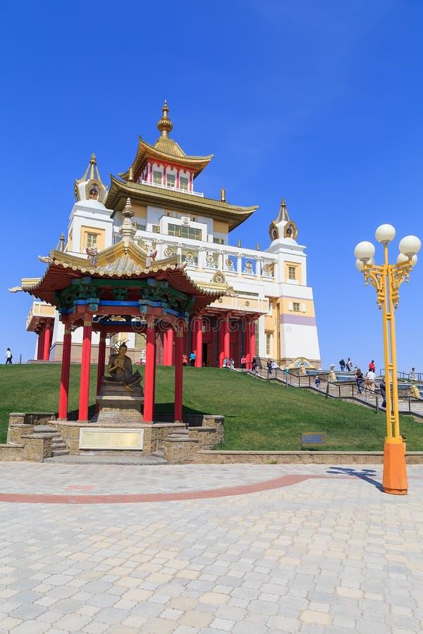 Elista Domicilio de oro de Buda Shakyamuni foto de archivo libre de regalías