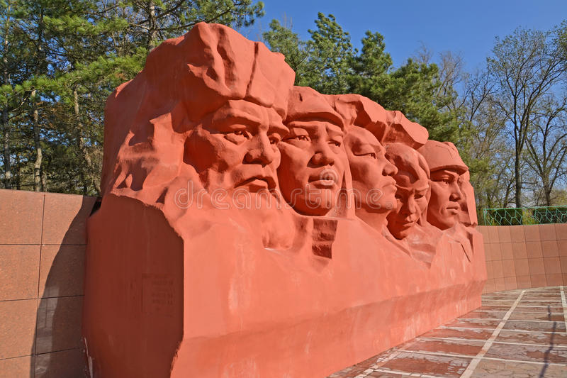 ELISTA, RUSSIA. Sculptural composition of the Memorial complex of heroes Civil and Great Patriotic War of wars stock photos