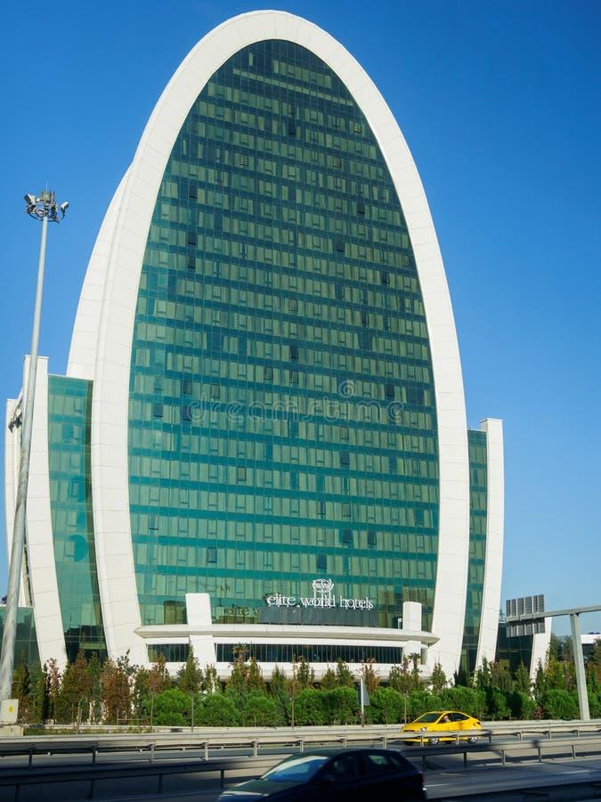 Elit Światowi hotele owalny kształta budynek w Istanbuł, Turcja fotografia stock