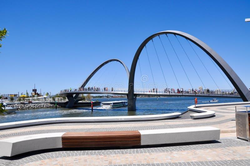 Elizabeth Quay Pedestrian Bridge stock foto's