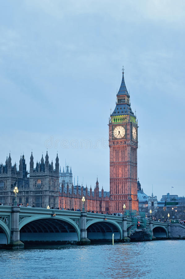 Elizabeth Tower, bekannt als Big Ben in London lizenzfreies stockbild