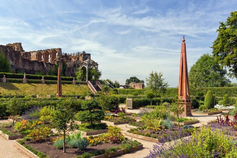 Elizabethan Garden, Kenilworth Castle, Warwickshire. stock photography