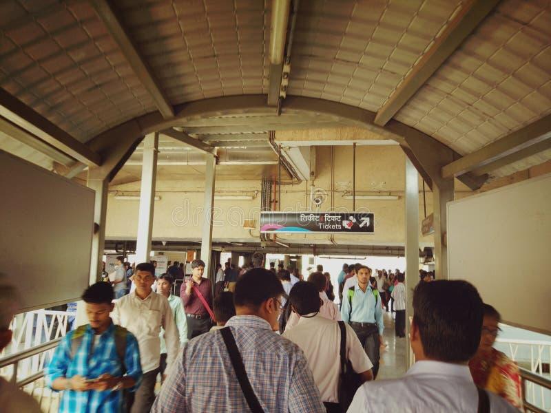Elk metropolitaans de stadsleven van dagmumbai stock foto