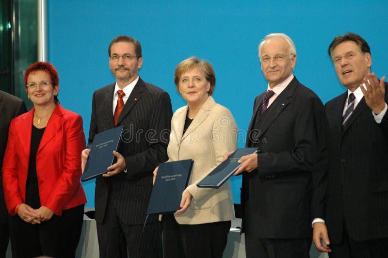 Elke Ferner, Matthias Platzeck, Angela Merkel, Edmund Stoiber, Michael Glos royalty-vrije stock fotografie