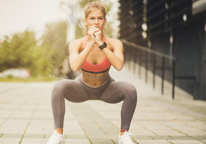 Elke spier op het lichaam is belangrijk om het aan te halen stock foto