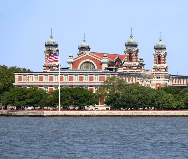 Ellis Island im New- Yorkhafen stockfotos
