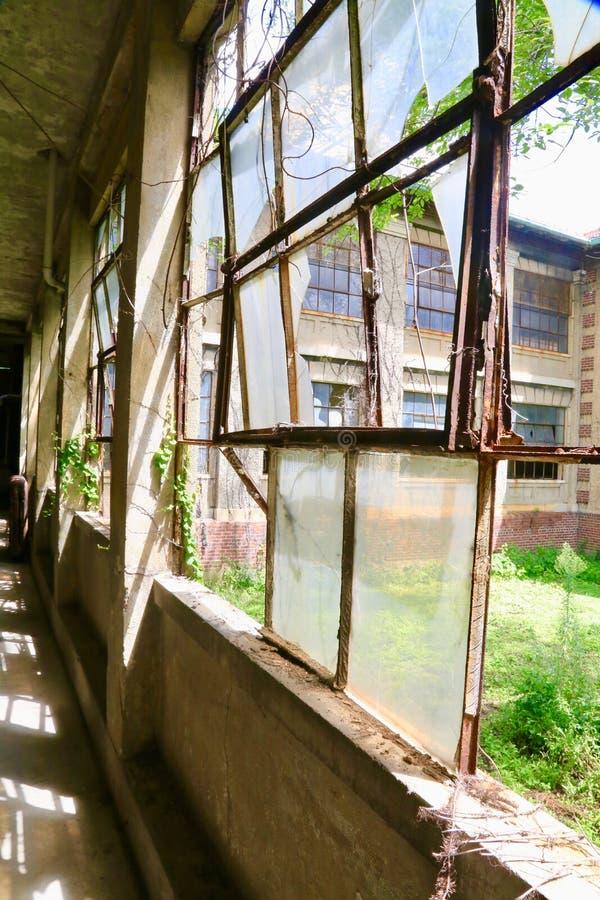 Ellis Island Immigrant Hospital images stock