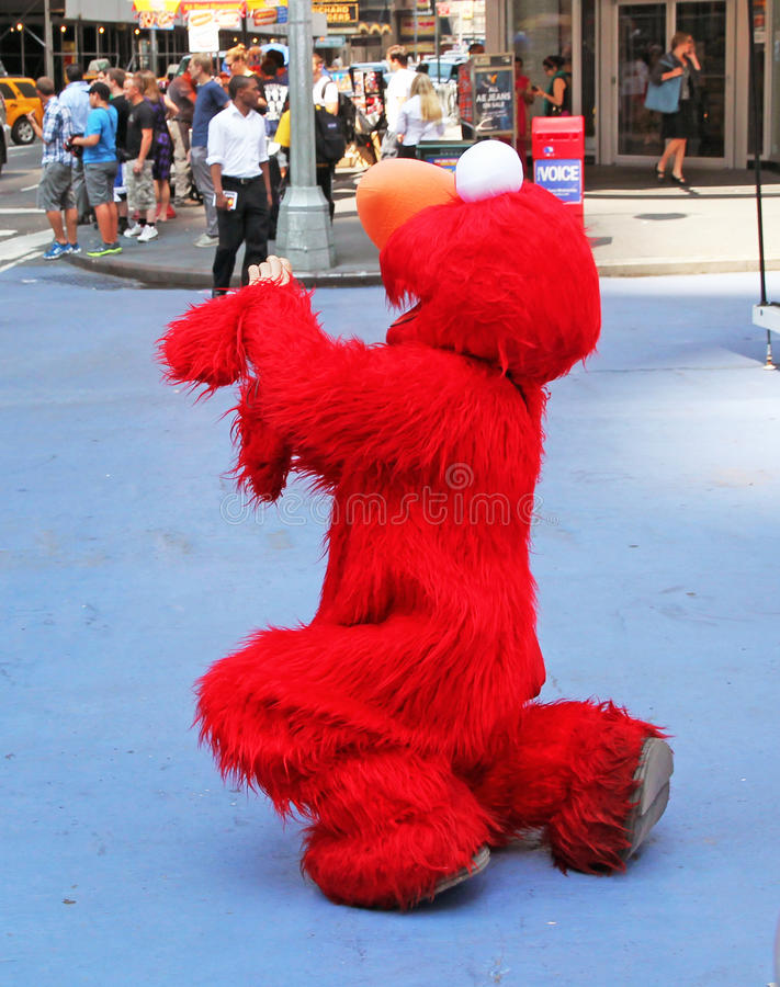 Download Elmo In NYC editorial photography. Image of entertaining - 25989357