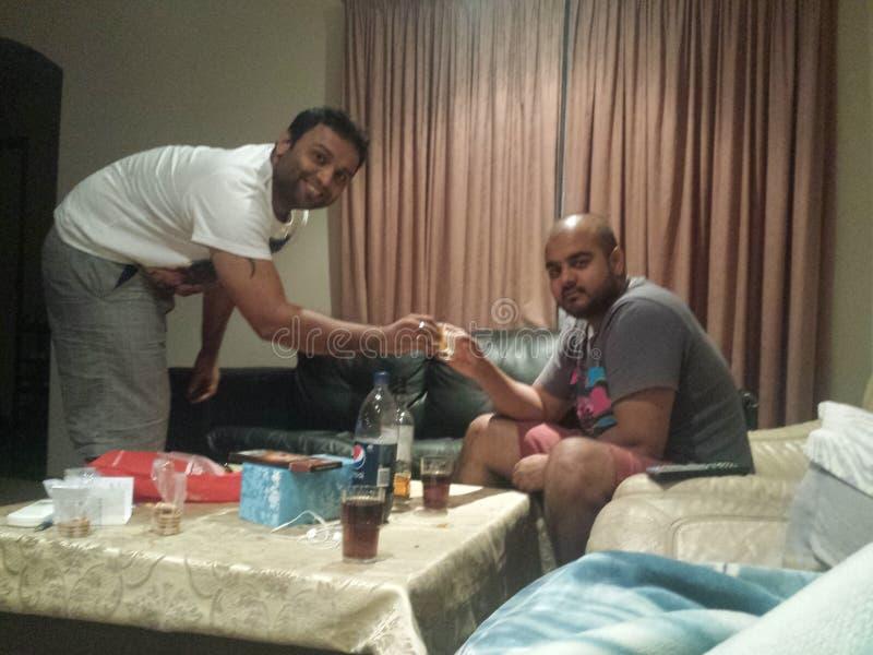 Elogios do licor da amizade antes de partir fotos de stock royalty free