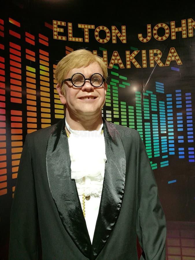 Elton John i Shakira wosku statua zdjęcia stock