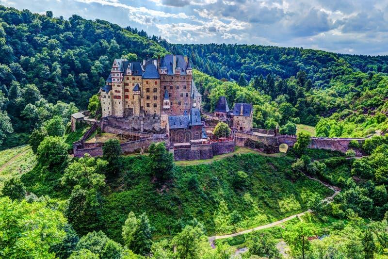 Eltz城堡在莱茵河流域巴列丁奈特,德国 库存图片
