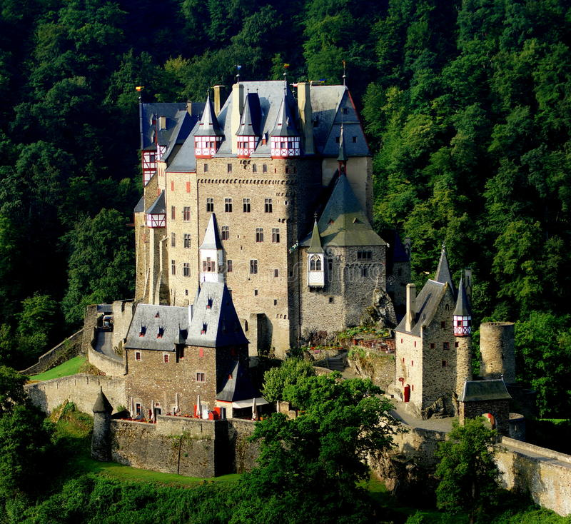 Free Eltz Castle Stock Photography - 43069462