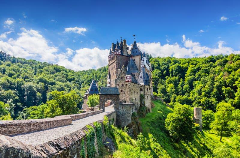 Eltz slott royaltyfria foton
