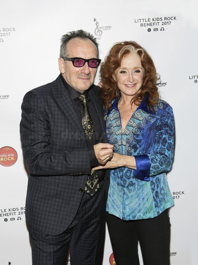 Elvis Costello och Bonnie Raitt royaltyfri foto