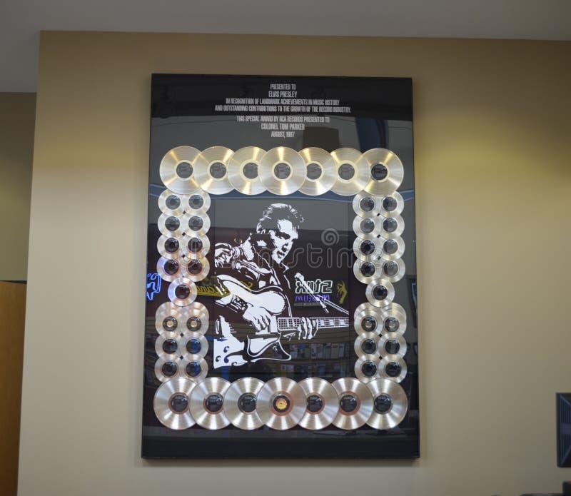 Elvis Presley Gold Records royaltyfri foto