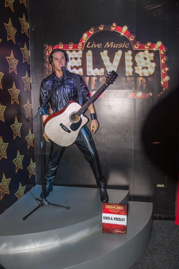 Elvis Presley vaxdiagram på vaxmuseet arkivbild