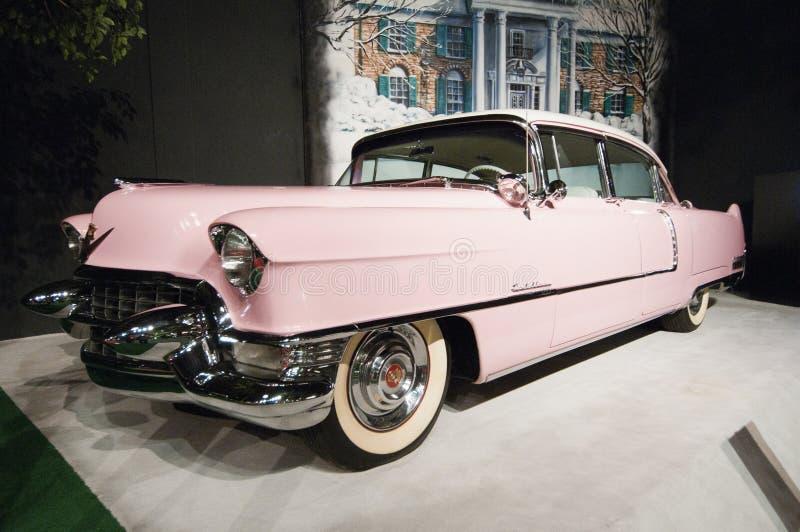 Elvis Presleys rosafarbenes Cadilac stockfotografie