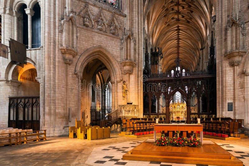 ELY, CAMBRIDGESHIRE/UK - LISTOPAD 24: Wewnętrzny widok Ely Cath zdjęcie royalty free
