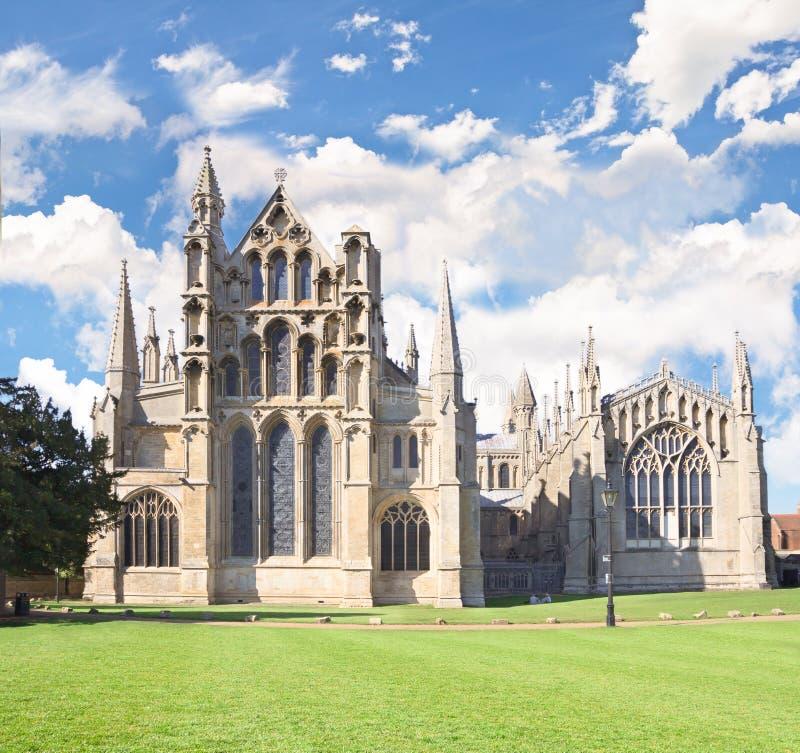Ely katedra w pogodnym letnim dniu obraz stock