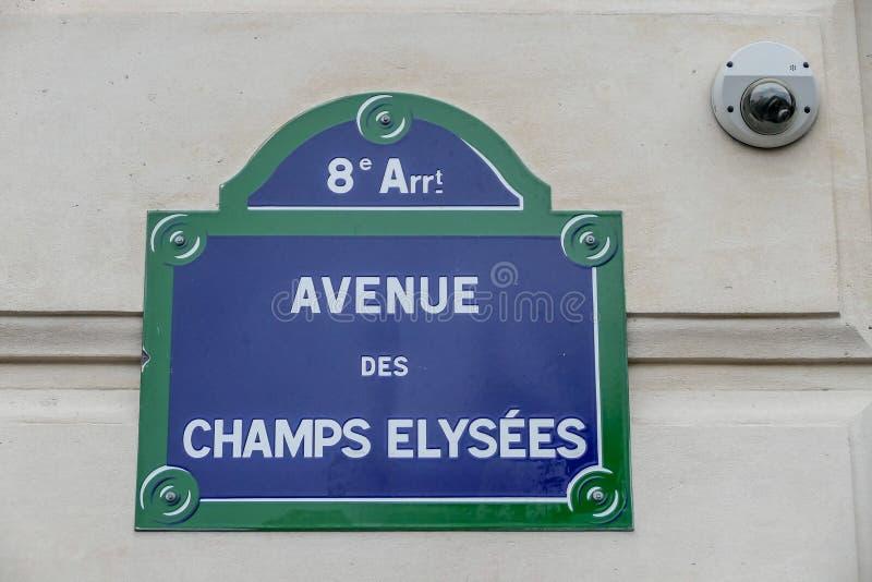 Elysees för avenydes-läger tecken, fotobild en härlig panoramautsikt av Paris den storstads- staden arkivbild