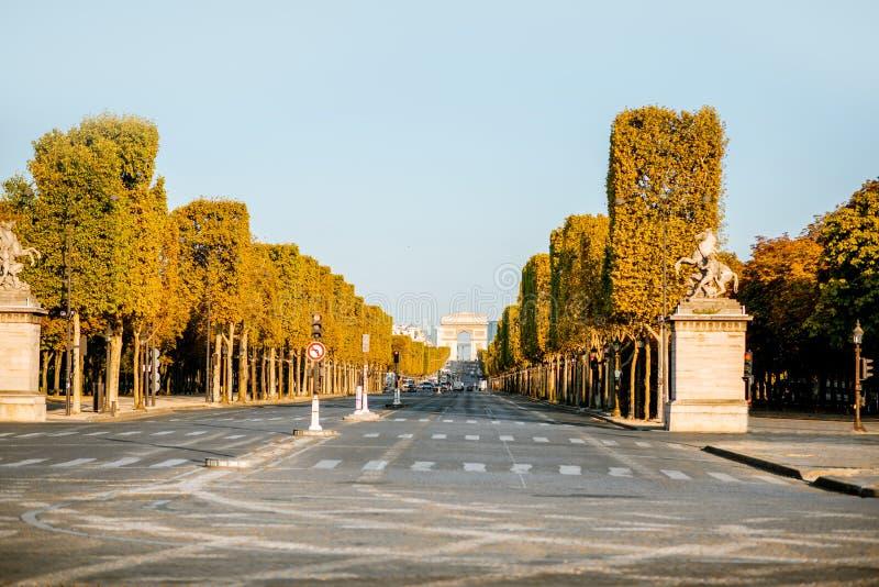 Elyseisk aveny i Paris arkivfoto