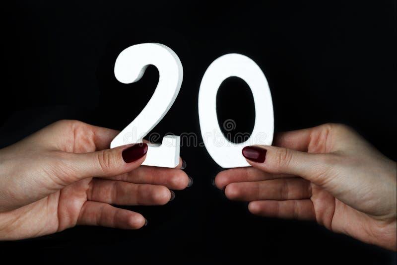 Em figura fêmea vinte das palmas imagem de stock