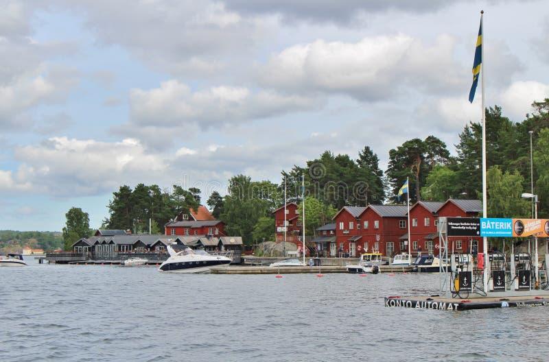 Em Fjäderholmarna no arquipélago de Éstocolmo foto de stock royalty free