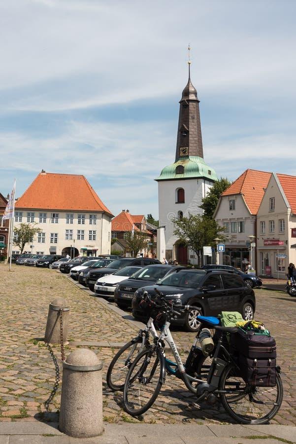 Em janeiro de 2013, glueckstadt germnay, igreja histórica velha imagem de stock royalty free
