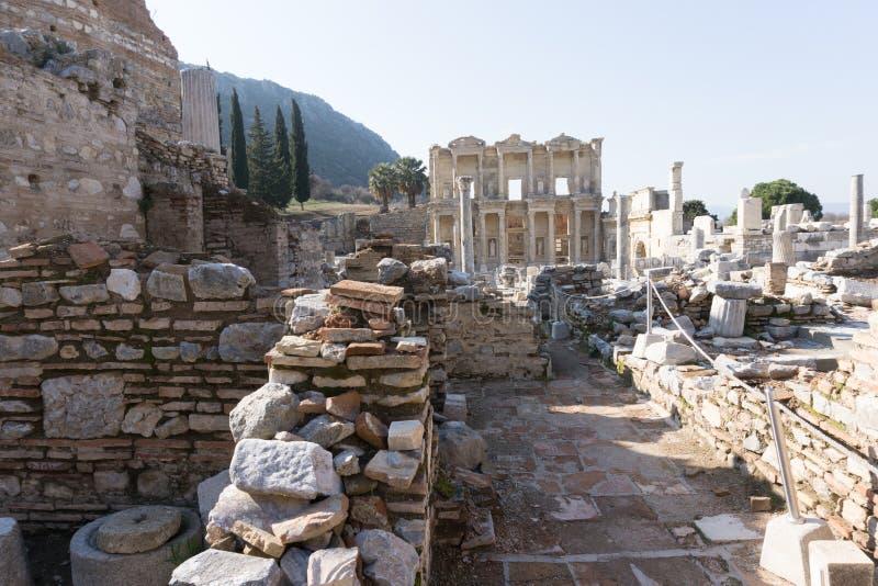 Em março de 2016: Biblioteca romana antiga em Ephesus, Turquia imagens de stock royalty free