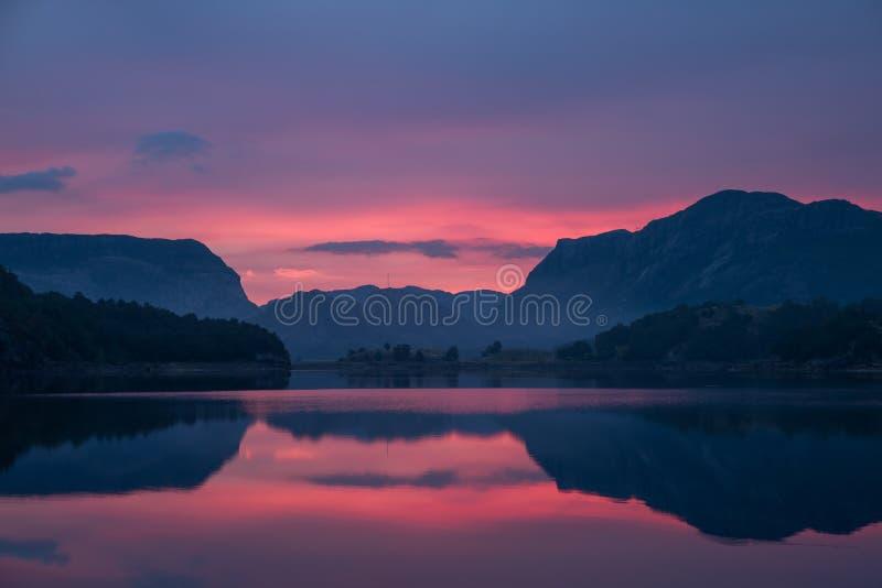6 am em Noruega fotografia de stock royalty free