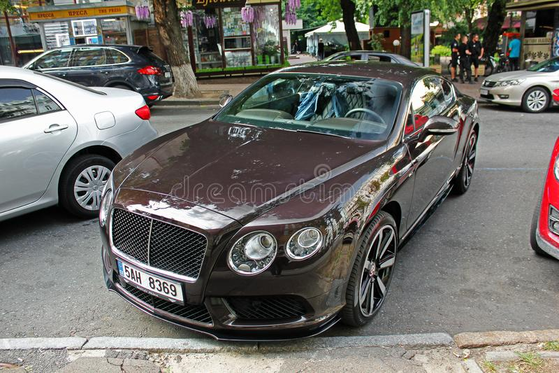 Em setembro de 2017, Kiev - Ucrânia; Bentley Continental GT foto de stock royalty free