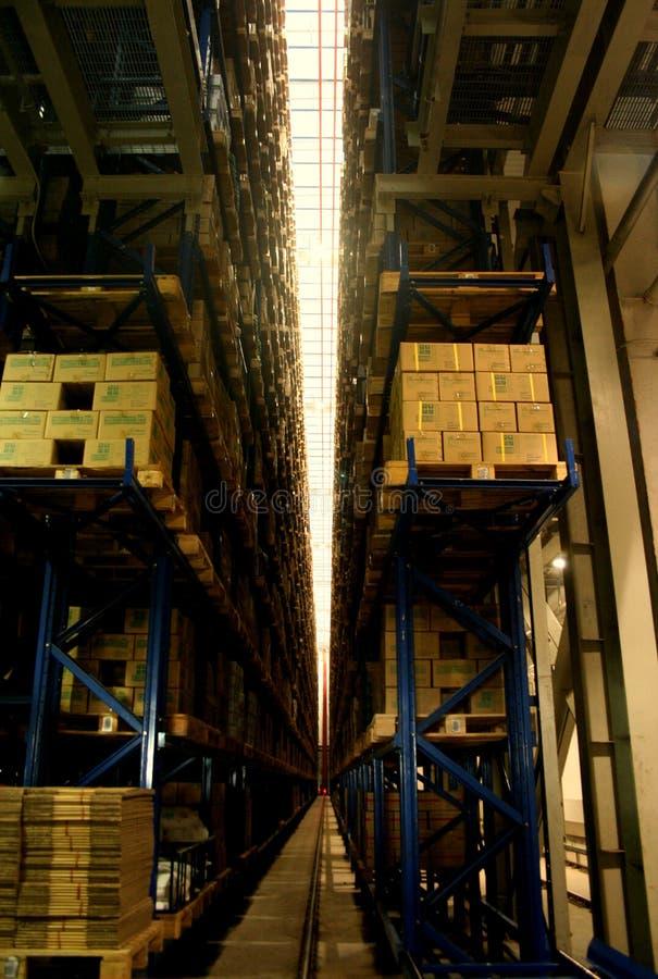 Em um armazém da fábrica fotos de stock